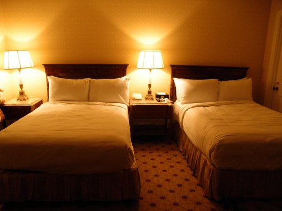The Westgate Hotel: Hotel Room