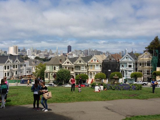 Painted ladies full house picture of the real s f for San francisco mansion tour