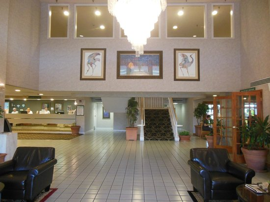 GuestHouse Inn & Suites Nashville/Music Valley: Lobby