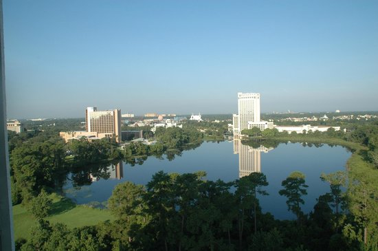 BEST WESTERN Lake Buena Vista Resort Hotel: Over looking Lake Buenavista