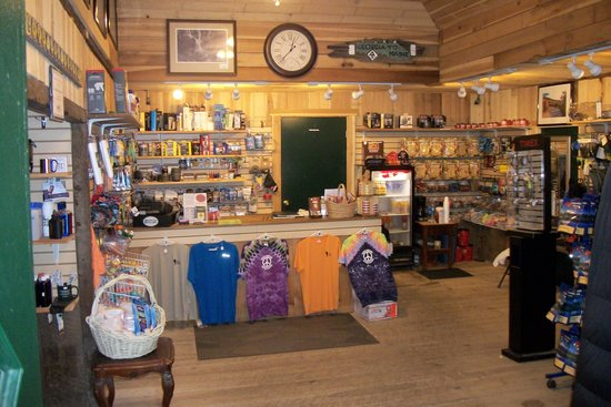 Uncle Johnny's Nolichucky Hostel & Outfitter