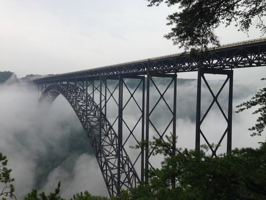 New River Gorge Bridge: Interesting cloud hanging in the bridge