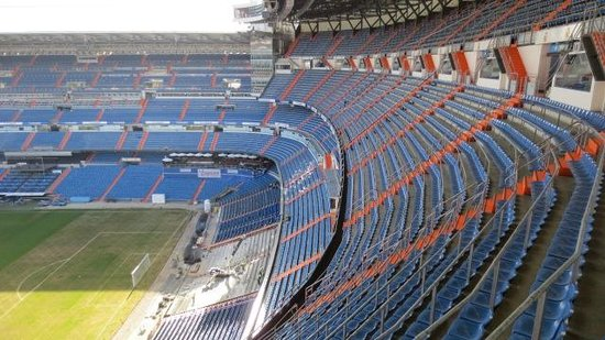 Real madrid 3 levante 0 sunday 9th march 2014 picture for Estadio bernabeu puerta 0