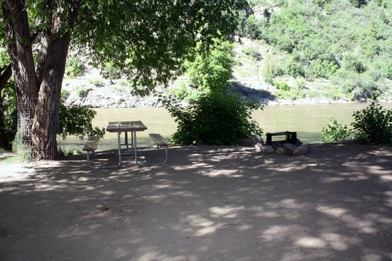 Riverside Campground Picture Of Glenwood Canyon Resort