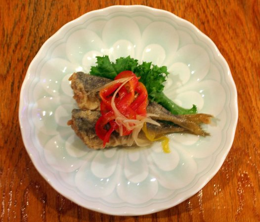 Fried small fish picture of fukuno restaurant gardena for Fried fish restaurants