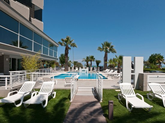 Photo of Hotel Eden & EDEN Park Hotel Alba Adriatica
