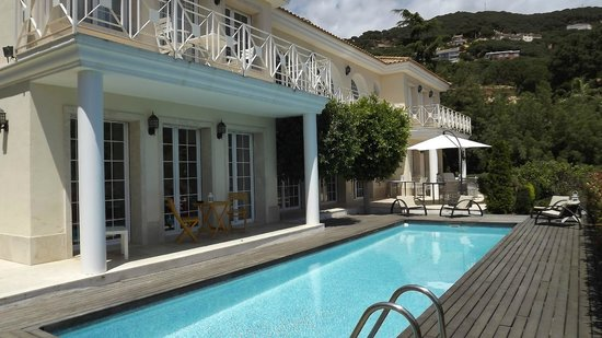 Bed & Breakfast Baro de MontCabrer