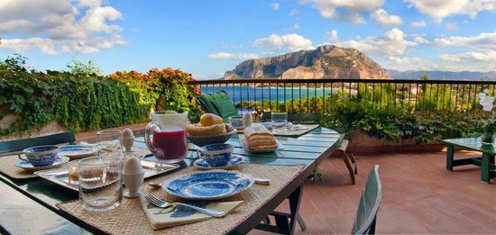 Il Glicine Bed & Breakfast Sul Golfo