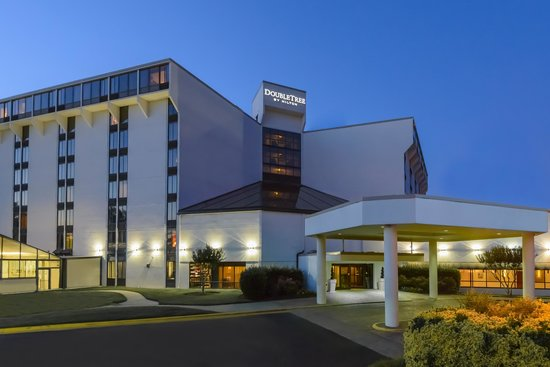 DoubleTree by Hilton Richmond-Midlothian