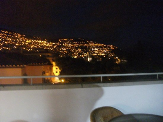 Hotel Madeira: View from rrof top bar