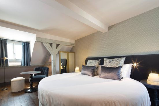 suite picture of les plumes hotel paris tripadvisor. Black Bedroom Furniture Sets. Home Design Ideas