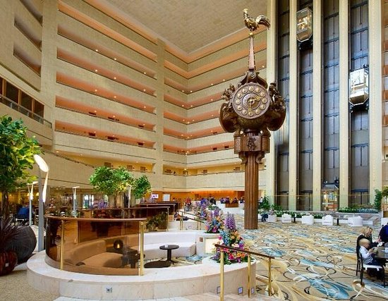 Crowne Plaza Moscow World Trade Centre: The main lobby