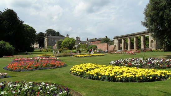 Foyer Museum Parking : Cannon hall park picture of museum barnsley