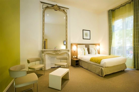 executive room picture of holiday inn paris opera grands boulevards paris tripadvisor. Black Bedroom Furniture Sets. Home Design Ideas