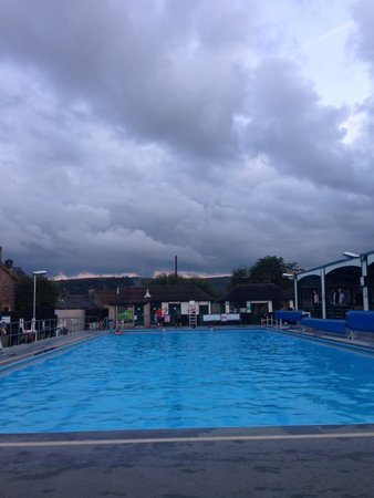 Evening Swim At Hathersage Lido Picture Of Hathersage Swimming Pool Hathersage Tripadvisor