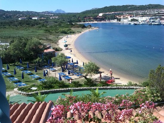 Spiaggia picture of park hotel resort baia sardinia for Hotel meuble park spiaggia