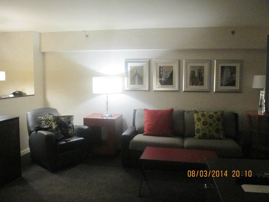 MileNorth, A Chicago Hotel: living area-