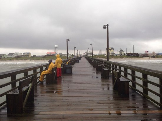 Wooden walkways picture of surf city pier surf city for Surf city fishing pier