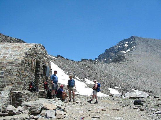 Sierra Nevada Guides - Day Tours