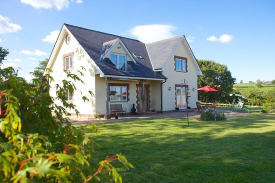 Henbere Farm Bed & Breakfast