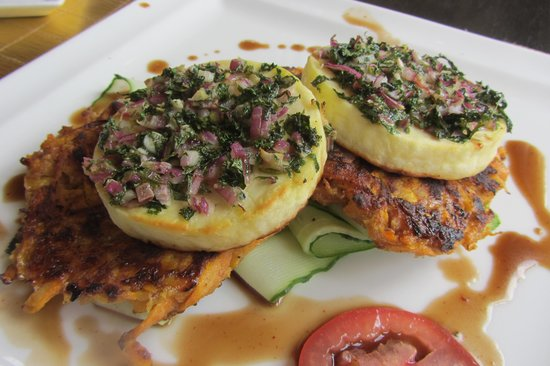 Oro Restaurant and Lounge: Grilled paneer with carrot roesti