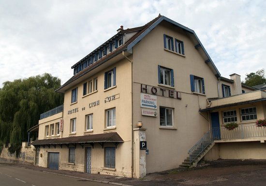 Photo of Hotel Le Lion D'Or Langres