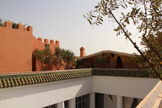 Riad Shemsi: roof top view of the chocloate suite