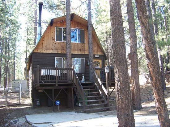 Treehouse Picture Of Big Bear Cool Cabins Big Bear