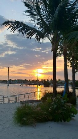 Ibis Bay Beach Resort: The beautiful sunrise that we could enjoy outside our room