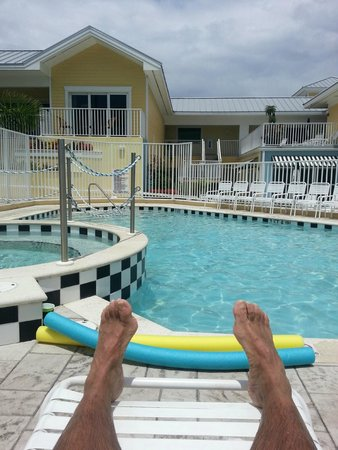 Harbour House at the Inn: Pool side
