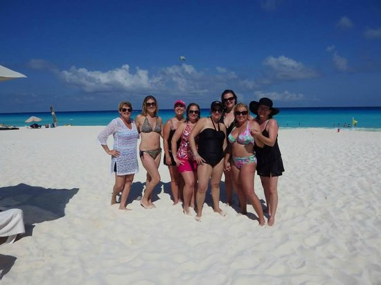 Group Of Rowdy Friends Can You Tell We Loved This Place Picture Of Live Aqua Cancun All
