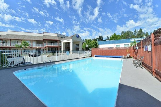 Canadas Best Value Princeton Inn & Suites