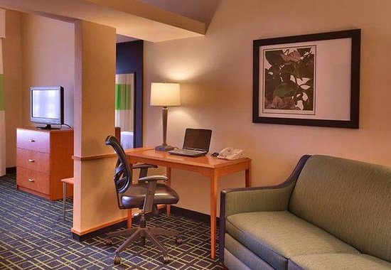 sierra vista chat rooms There are 19 pet friendly hotels in sierra vista, az chat now cancel reservation pets are only allowed in rooms with two full beds.