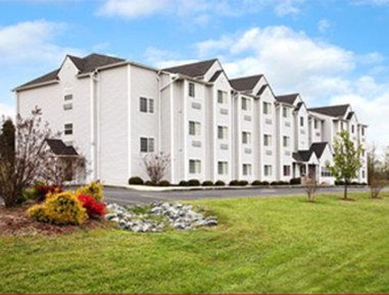 Photo of Microtel Inn & Suites By Wyndham Thomasville/High Point/Lexington