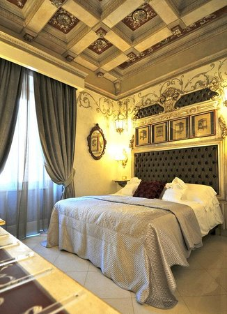 Photo of Hotel Romanico Palace Rome