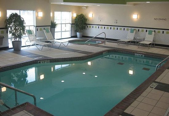 Fairfield Inn & Suites Muskogee: Indoor Pool