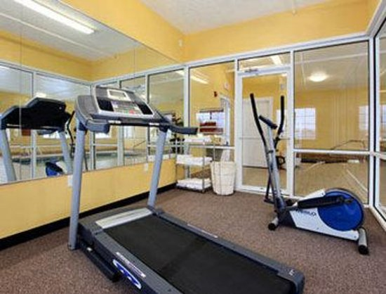 Microtel Inn & Suites by Wyndham Princeton: Fitness Center