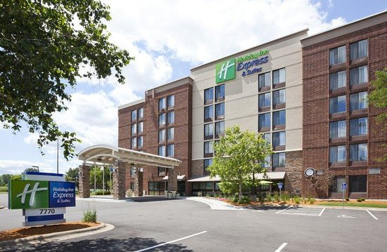 Photo of Holiday Inn Express Hotel & Suites Bloomington West