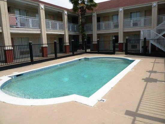 Americas Best Value Inn - Clute / Lake Jackson