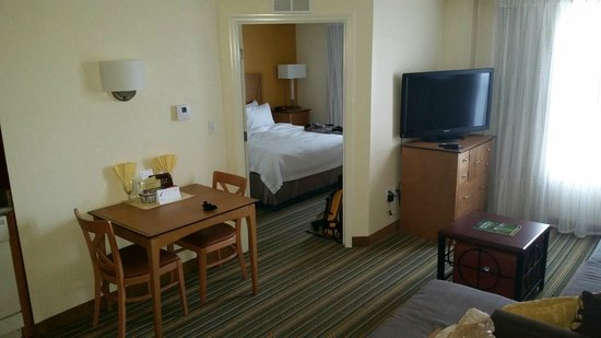 Residence Inn Cape Canaveral Cocoa Beach: Room