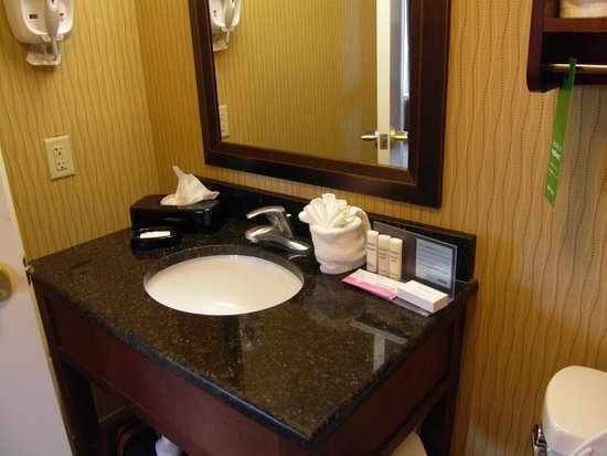 Bathroom vanity palmetto bugs refuge picture of hampton - Bathroom vanities myrtle beach sc ...