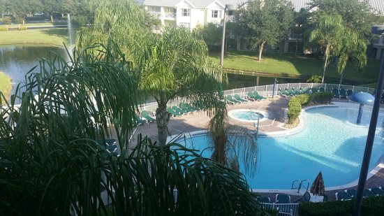 Summer Bay Orlando By Exploria Resorts: View from balcony of shared pool