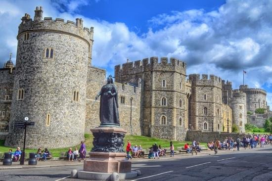 Queen Victoria Statue In Front Of The Castle Picture Of