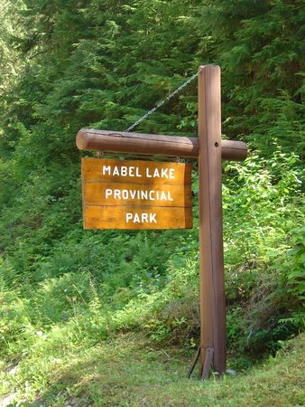 how to get to mabel lake provincial park