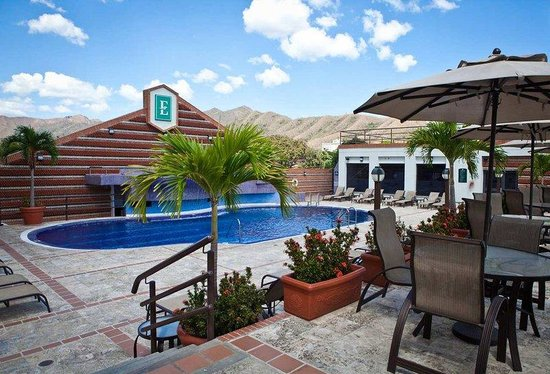 Outdoor Swimming Pool (108587580)
