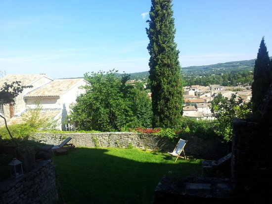 Jardin picture of vaison la romaine vaucluse tripadvisor for Jardin romain