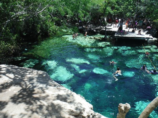 Panor mica picture of cenote azul yucatan peninsula for El jardin del eden alicante