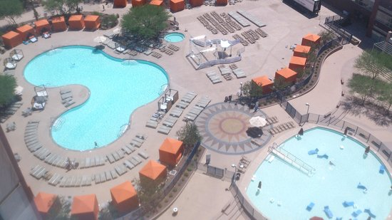 Talking Stick Resort: pool birds eye view