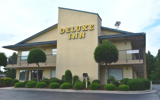 Photo of Deluxe Inn Fayetteville