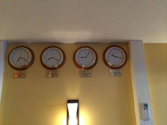 BEST WESTERN PLUS Placerville Inn: Central time is a bit off